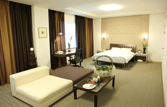 Suite CHANGWON HOTEL