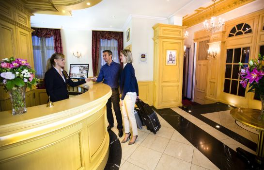 Receptie Luxury Family Hotel Royal Palace