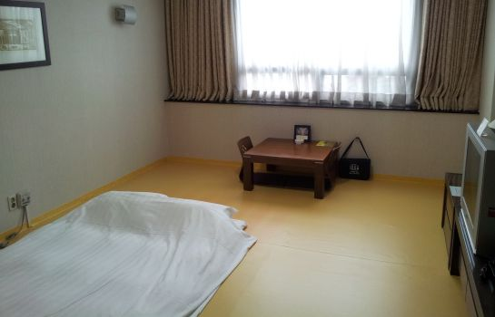 Triple room Gumi Century