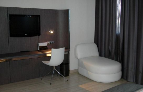 Room Hotel Maydrit Airport