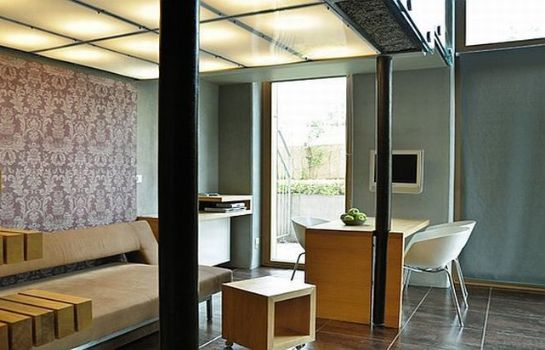 Chambre La Gioia Designer's Lofts Luxury Apartments