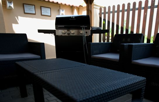 Terrasse Falconi Pension