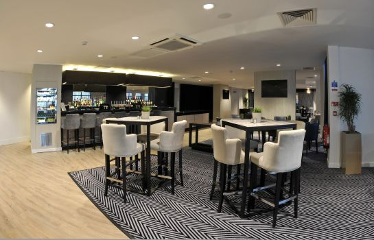 Bar del hotel Holiday Inn Express LEIGH - SPORTS VILLAGE