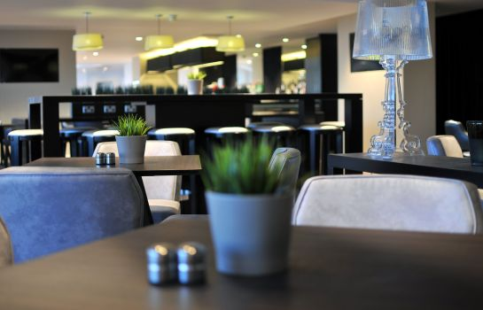 Restaurante Holiday Inn Express LEIGH - SPORTS VILLAGE