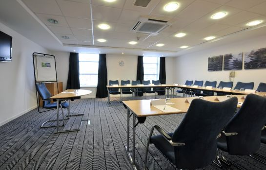 Sala de reuniones Holiday Inn Express LEIGH - SPORTS VILLAGE
