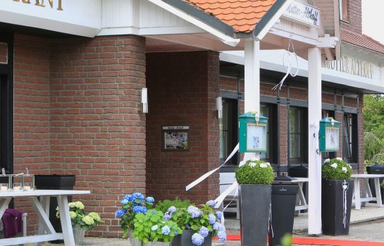 Buitenaanzicht Landhotel Mutter Althoff