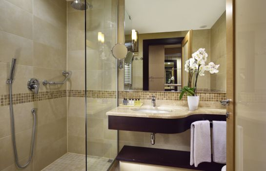 Bagno in camera UNAHOTELS Varese