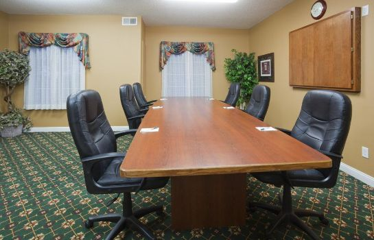 Conference room GRANDSTAY RESIDENTIAL SUITES MANKATO