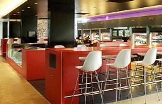 Bar hotelowy citizenM Schiphol Airport