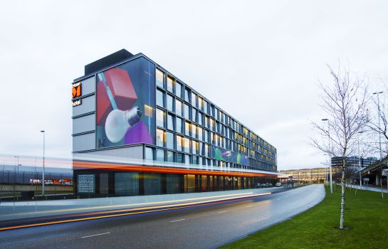 Picture citizenM Schiphol Airport