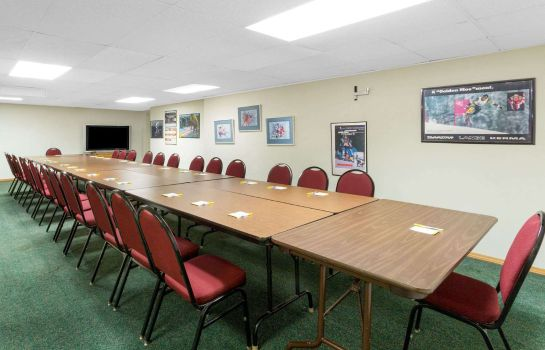 Conference room DAYS INN BUTTE