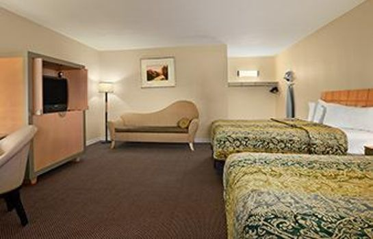 Room #1 Value Inn Clovis
