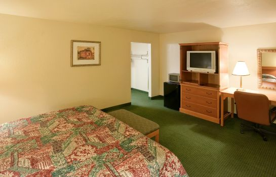 Zimmer Americas Best Value Inn Del Rio