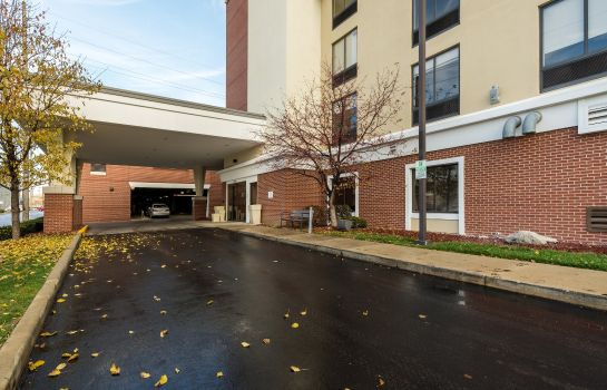 Vista exterior Holiday Inn INDIANAPOLIS DOWNTOWN