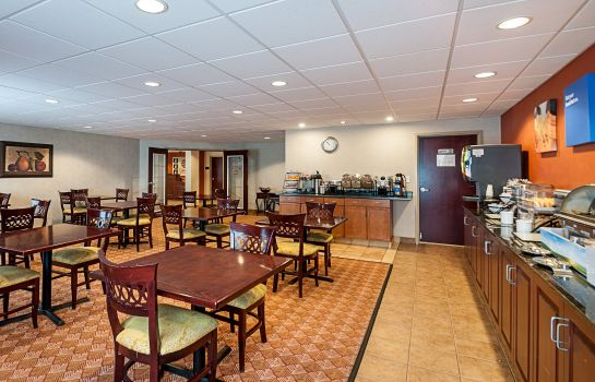 Restaurante Comfort Inn & Suites Cambridge