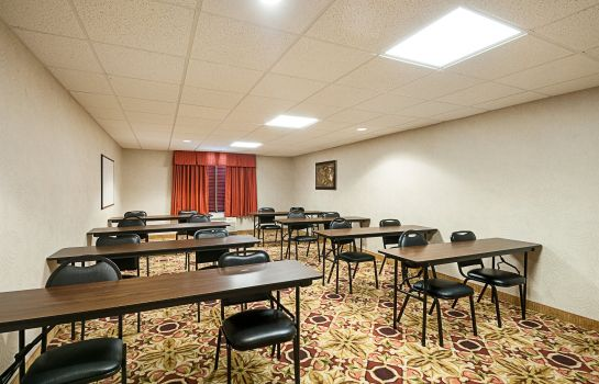 Conference room Comfort Inn & Suites Cambridge