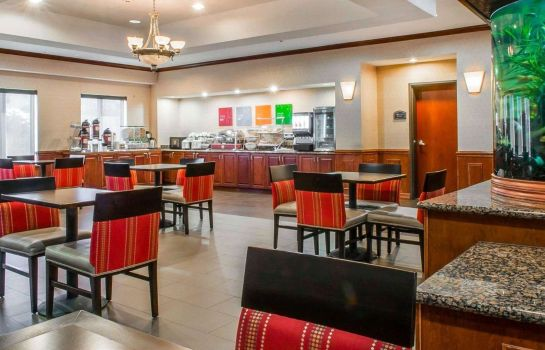 Restaurant Comfort Suites Near Texas A&M - Corpus Christi