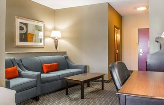 Suite Comfort Suites Near Texas A&M - Corpus Christi