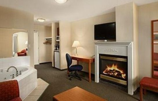 Suite DAYS INN EDMONTON SOUTH