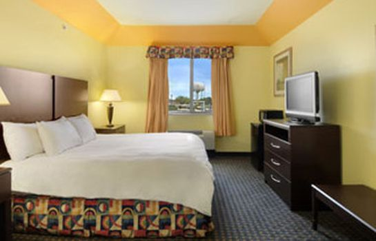 Pokój Days Inn & Suites by Wyndham Cleburne TX