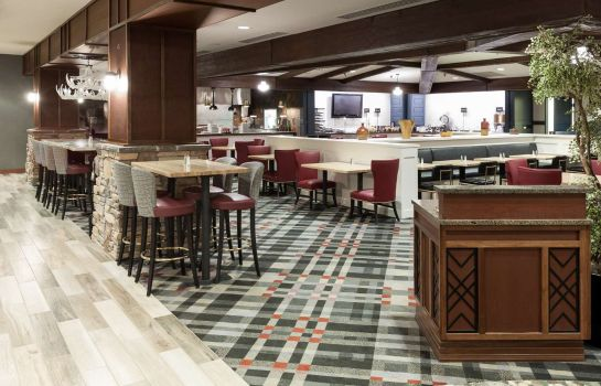 Restaurant Embassy Suites by Hilton Anchorage