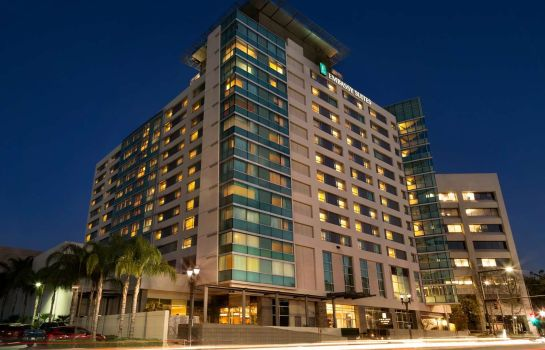 Buitenaanzicht Embassy Suites by Hilton Los Angeles Glendale