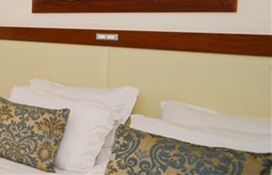 Zimmer Golden Tulip Kumasi City