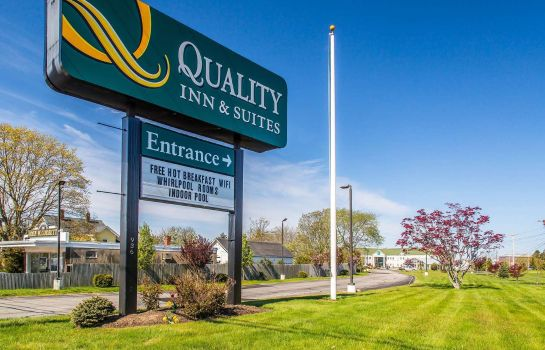 Exterior view Quality Inn and Suites Middletown - Newp Quality Inn and Suites Middletown - Newp