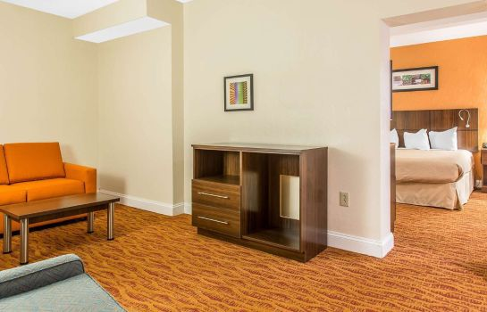 Suite Quality Inn and Suites Middletown - Newp Quality Inn and Suites Middletown - Newp