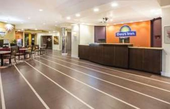 Hotelhalle Quality Inn Sherman