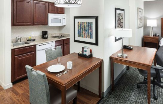 Zimmer Homewood Suites by Hilton El Paso Airport