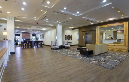 Lobby Holiday Inn & Suites BLOOMINGTON-AIRPORT