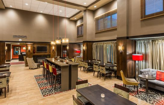 Hotelhalle Hampton Inn - Suites Columbus Polaris