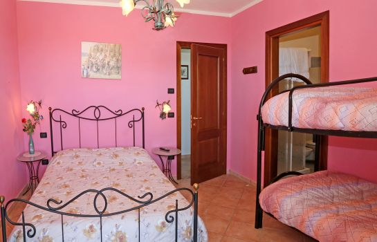 Four-bed room Agriturismo Al Brich