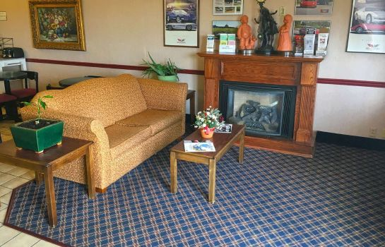 Vestíbulo del hotel Country Hearth Inn & Suites Bowling Green
