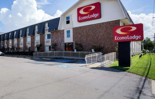 Buitenaanzicht Econo Lodge Kenner
