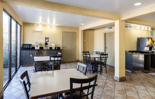 Restaurante Econo Lodge Kenner