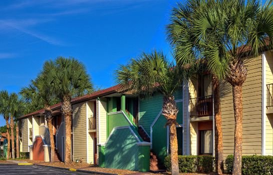 Surroundings Legacy Vacation Resorts-Orlando