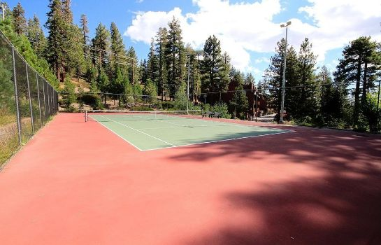 Tennis court Mammoth Ski & Racquet Club Mammoth Ski & Racquet Club