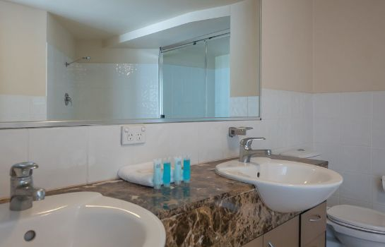 Bathroom Broadbeach Savannah
