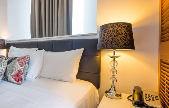 Standard room Broadbeach Savannah