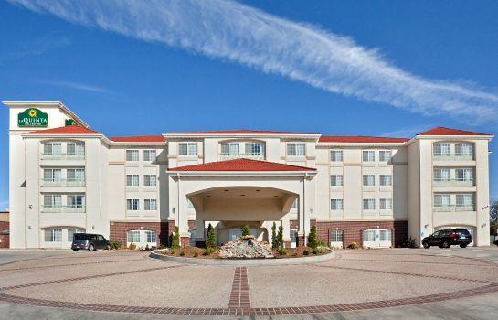 Außenansicht La Quinta Inn & Suites Dodge City