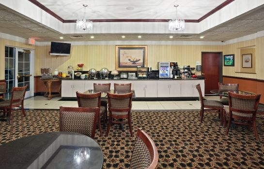 Restaurant La Quinta Inn Ste Dodge City