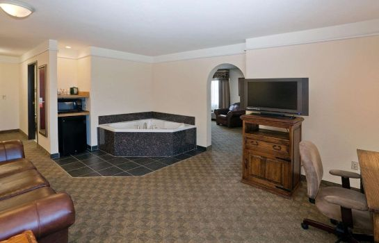 Suite La Quinta Inn Ste Dodge City