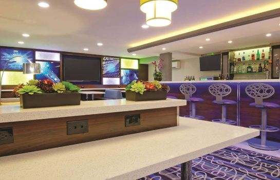 Hotel-Bar La Quinta Inn and Suites San Jose Airport