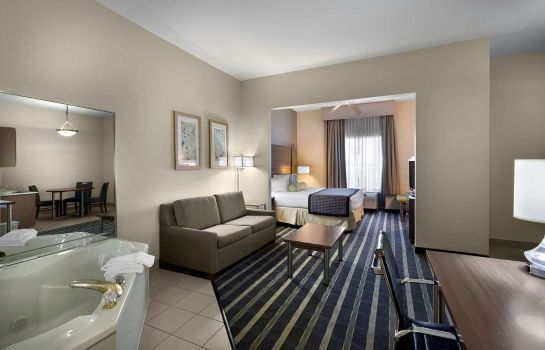 Suite HOWARD JOHNSON ATLANTA AIRPORT