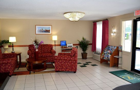 Hall Quality Inn Raynham