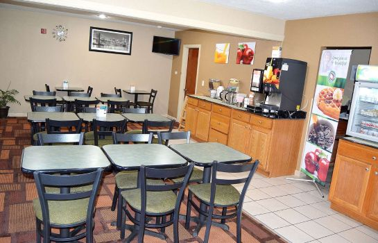 Restaurant Quality Inn Raynham