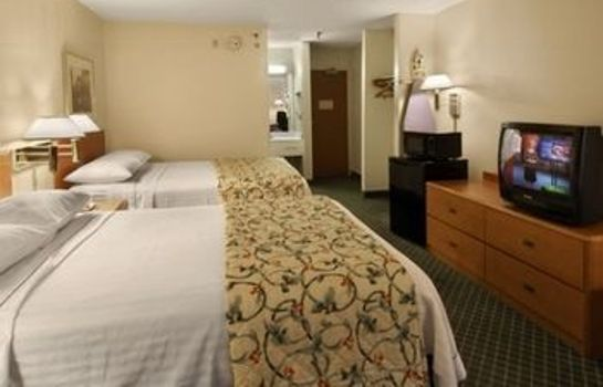 chambre standard Quality Roof Inn and Suites