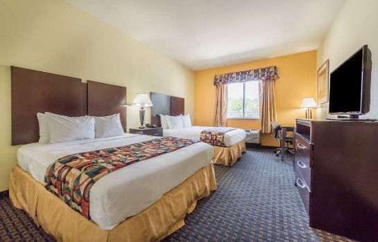Zimmer Days Inn & Suites Cleburne TX